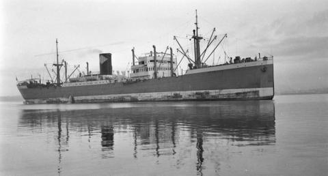 m.s. Bengalen (1933), Photograph by Walter E. Frost